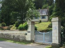 Idyllic situation with  views over the Loire